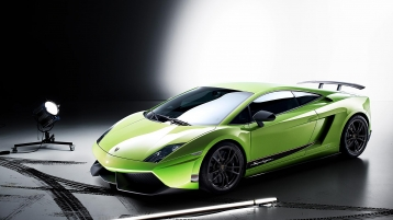 Lamborghini Gallardo LP 570-4 Superleggera Sports Coupe