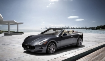 Maserati GranCabrio Convertible Coupe