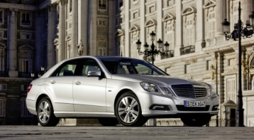 Mercedes-Benz E-Class E350 BlueTEC Sedan