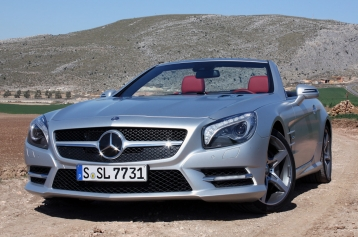 Mercedes-Benz SL-Class SL550 Roadster Coupe