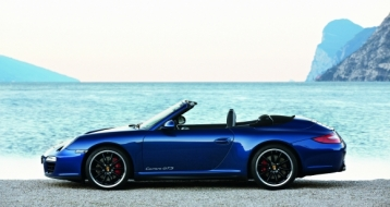 Porsche 911 Carrera GTS Cabriolet Coupe