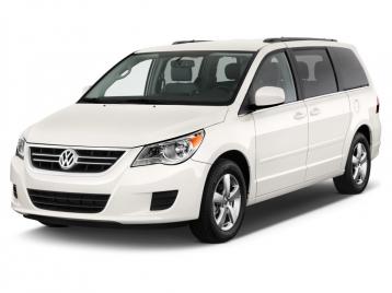 Volkswagen Routan Van